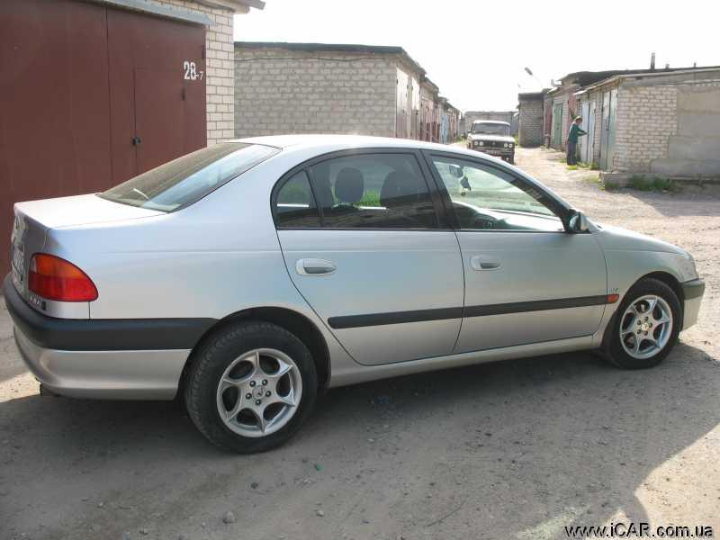 Тойота авенсис 1999 фото